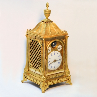 Fine English ormolu table clock by Robert Philp, London. Made for the Chinese market. Circa 1780.