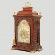 Georgian, London made, inverted bell-top bracket clock in an attractive mahogany case. Circa 1760.