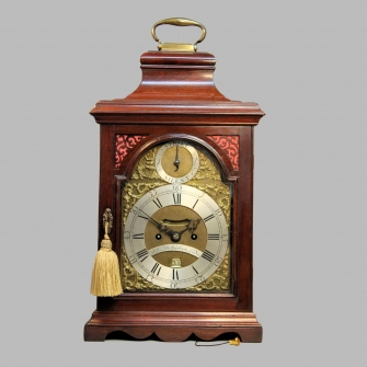 A Georgian Verge escapement mahogany Bracket clock. Made by John Richardson of London. Circa 1770.